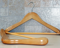 J hook coat hanger